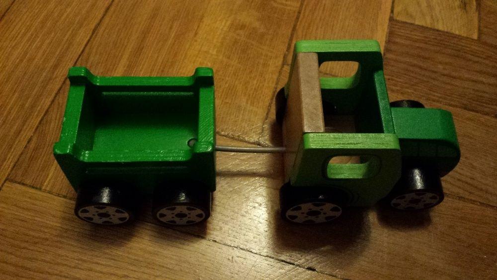 Tractor cu remorca, lemn