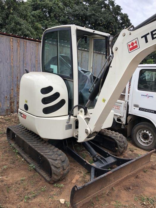 Mini Escavadora Terex TC 37