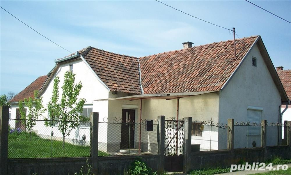 Vanzare  casa  2 camere Bihor, Bors  - 35000 EURO