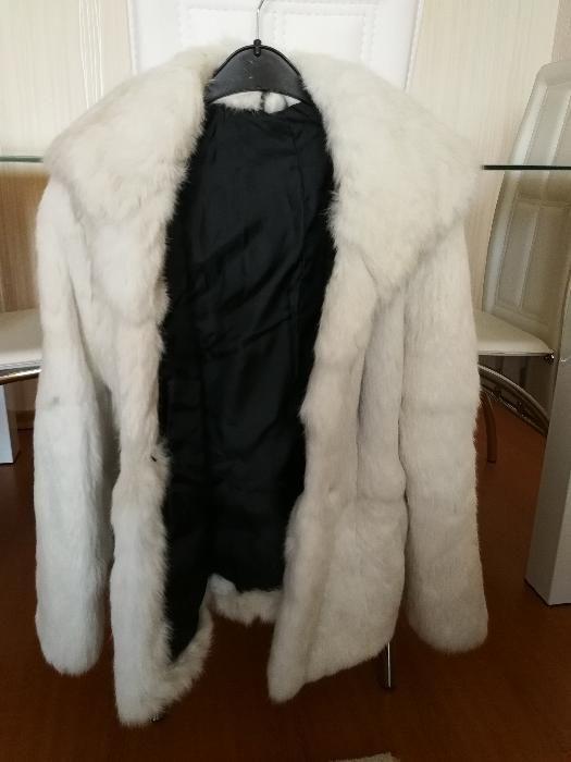 Кожено палто от заек