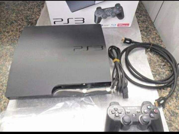Vende se PlayStation 3