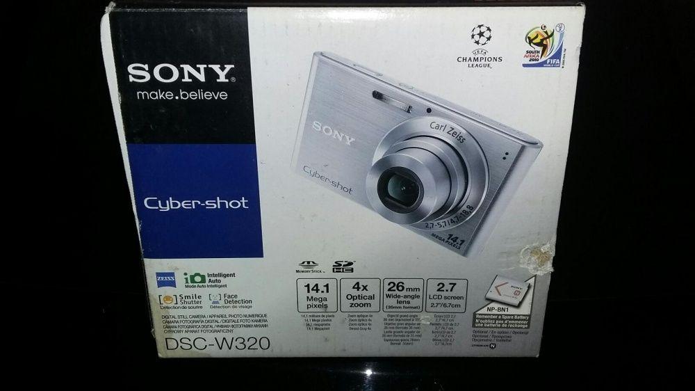 Продам цифровой фотоаппарат sony