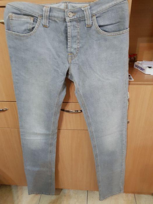 Pantaloni bărbați diverse mărimi