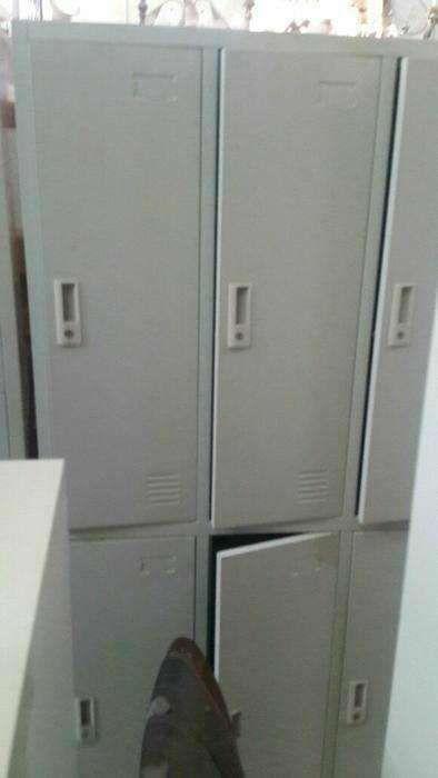 cacifos metalico cor cinza de 6 porta.direto entrega e montagem