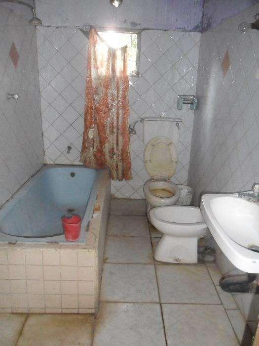 Arrenda-se casa no bairro Patrice lumumba Bairro Central - imagem 3