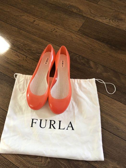 Нови Обувки ФУРЛА