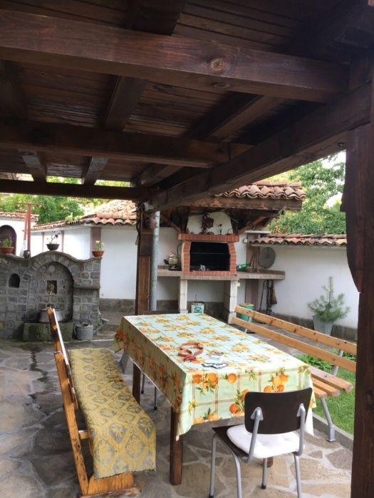 Почивка в Еленския балкан - Дядовата къща гр. Елена - image 3