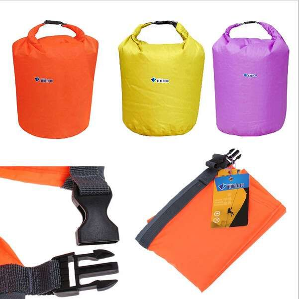 Dry bag / Sac impermeabil drumetii camping bicicleta caiac 10 litri