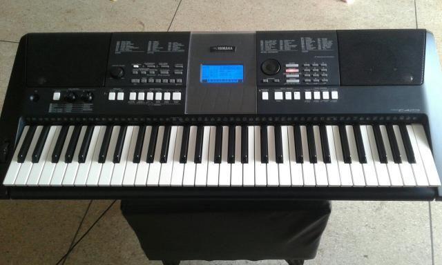 Piano/orgao Yamaha psr e 423