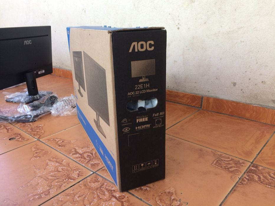 Monitor 22 polegadas AOC entradas VGI e HDMI Novo na Caixa