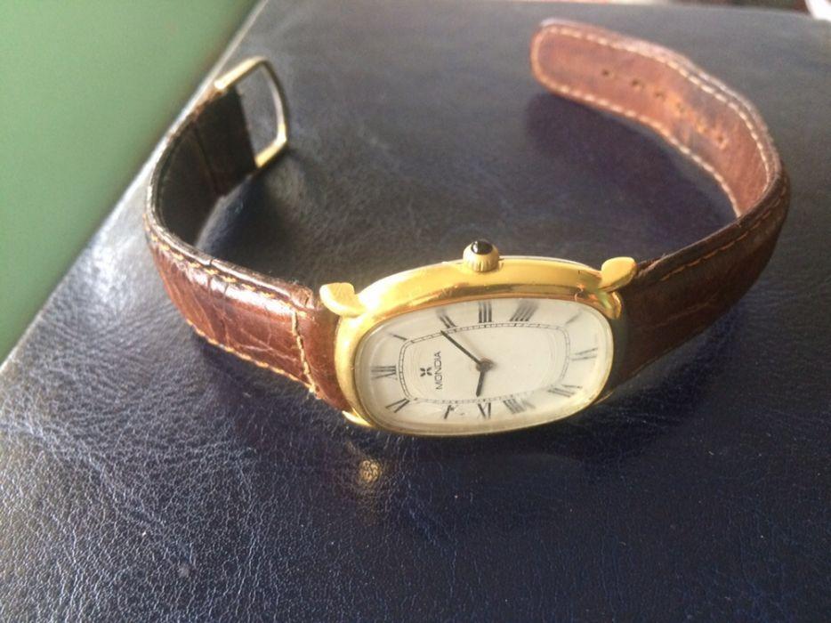 Ceas Mondia/mecanic/placat cu aur de 24 k
