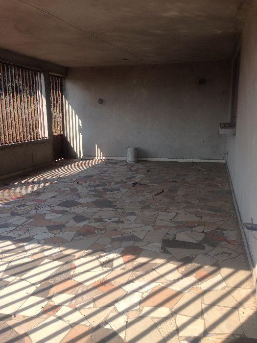 Arrendo um mine Restaurante no bairro Intaka em fases de acabamentos