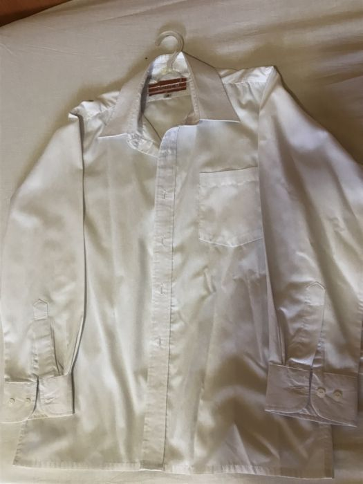 Camasa albă băieței mar.38 intacta Amici