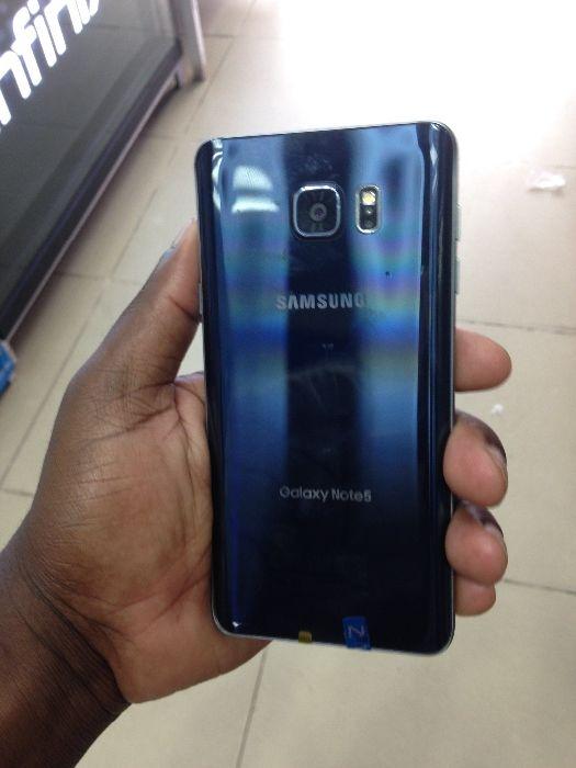 Galaxy A8+plus novo selado na caixa com 64 gb Bairro Central - imagem 1