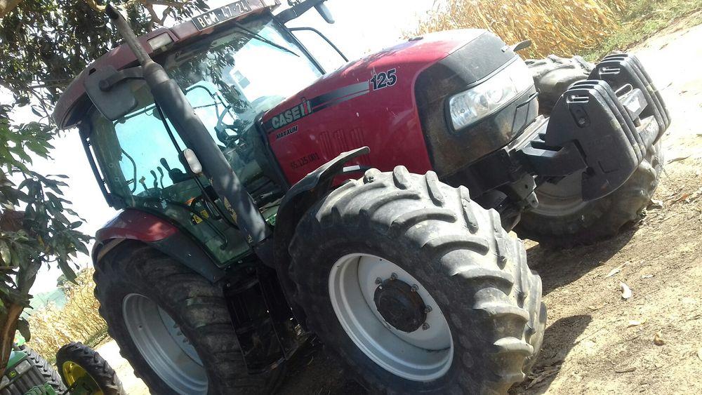 Tractor Agricula case 125 cavalos