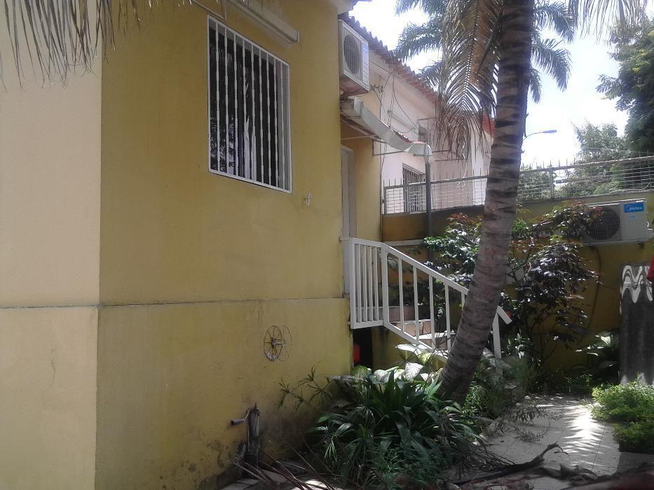 Vende-se vivenda T3 de ponta no Bairro Azul