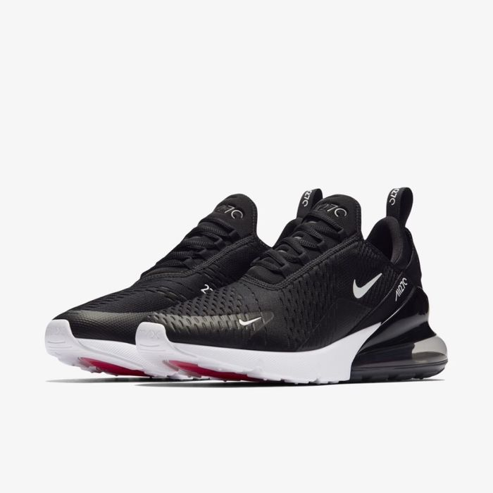 Nike Air 270 Black and white