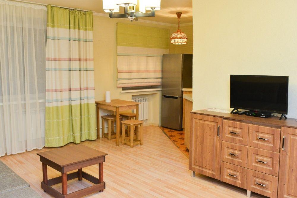 Квартира с новым ремонтом на Абзале