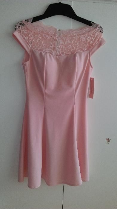 Дамска елегантна рокля цвят пудра