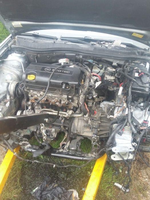Pompa servodirectie Opel signum 1.9cdti dezmembrez vectra c