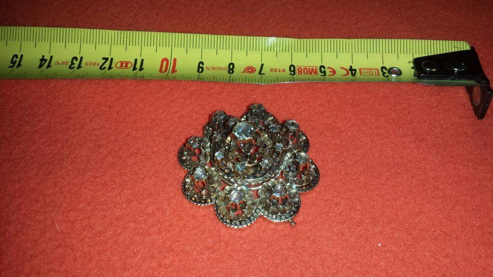 Vand sau schimb broşă de aur cu 17 diamante mari Cluj-Napoca - imagine 3