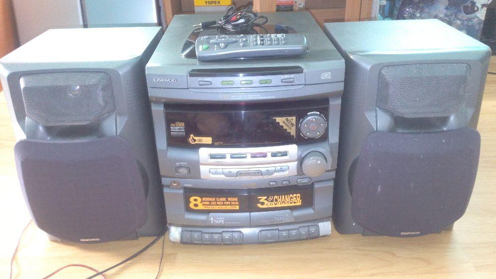 Vand combină audio Daewoo 3 CD