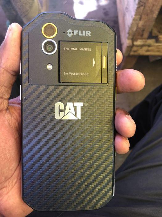 Cat s60 super clean 32gb a bom preço