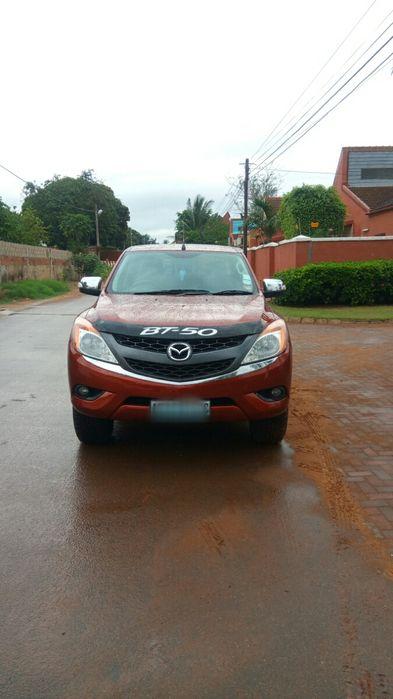 Mazda BT50 3.2 diesel 4x4 impecável Cidade de Matola - imagem 2