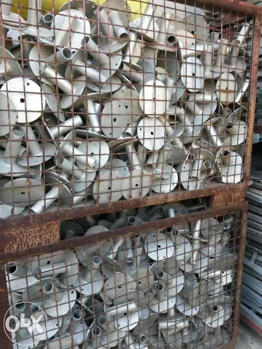 Talpi fixe pentru schela metalica