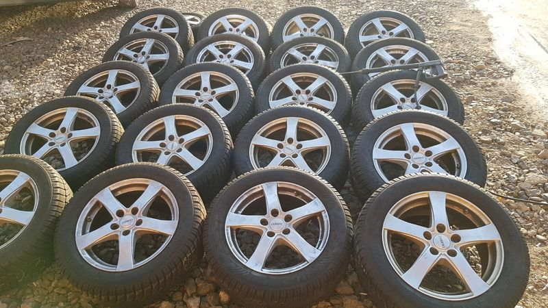 Jante iarna Ford Focus 215/55r16 Continental