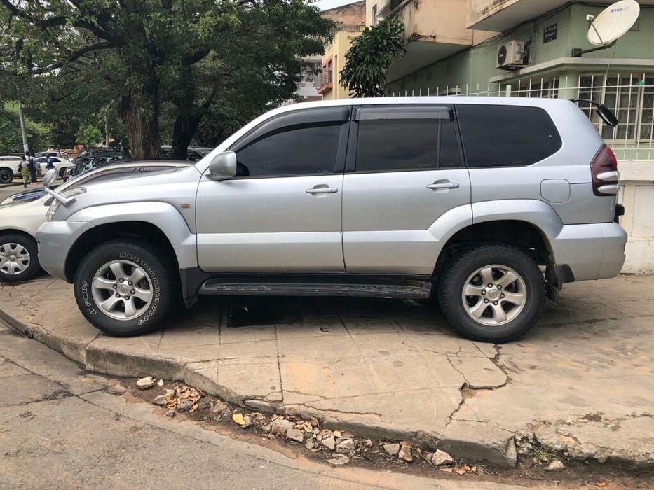 Toyota Land Cruiser Prado a venda