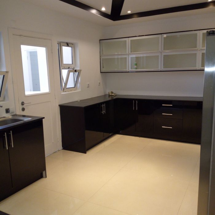 Arrenda-se apartamento T3 2suits 1wc no Condominio Miramar