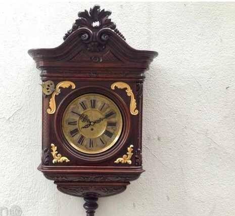 Старинен стенен часовник Friedrich Mauthe
