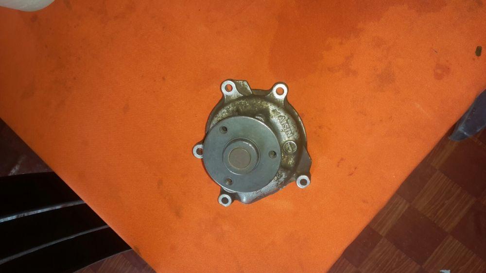 Bomba de água de toyota passo 4 cilindros