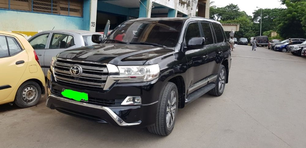 Vendo o meu Toyota land Cruiser v8