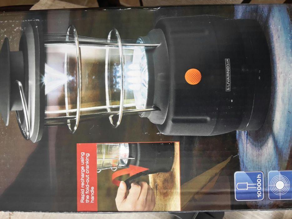 Продавам лед фенерче с динамо за къмпинг