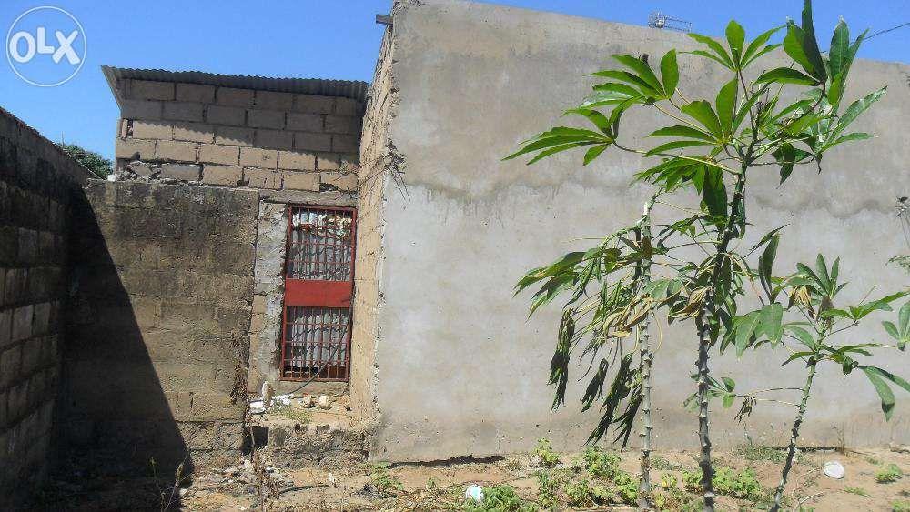 vende-se propriedade no kongolote perto da ustm agricultura/n1- molumb Maputo - imagem 7
