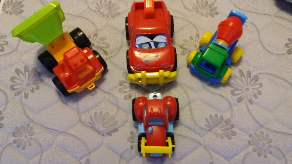 детски лот от 4 различни коли-25лв.