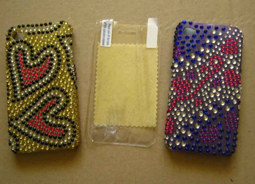 REDUCERE!! Carcasa Husa protectie iPhone 4 4S, strasuri, BONUS: FOLIE!