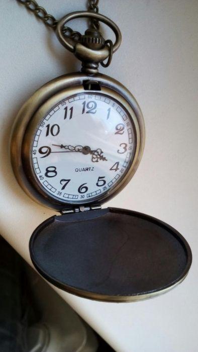 Ceas de buzunar, nou, perfect funcțional cu baterie