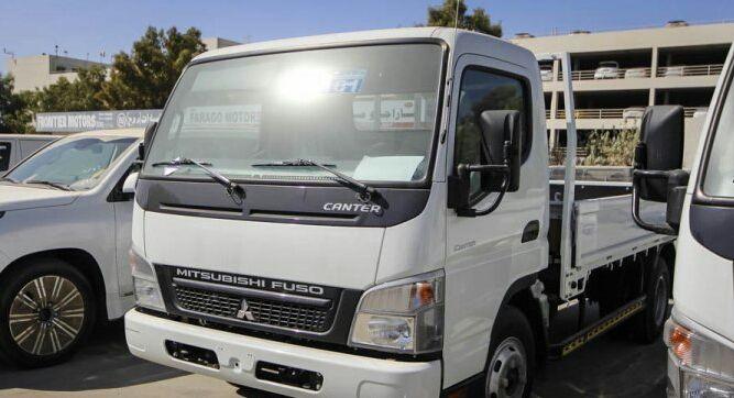 Mitsubishi Canter a venda