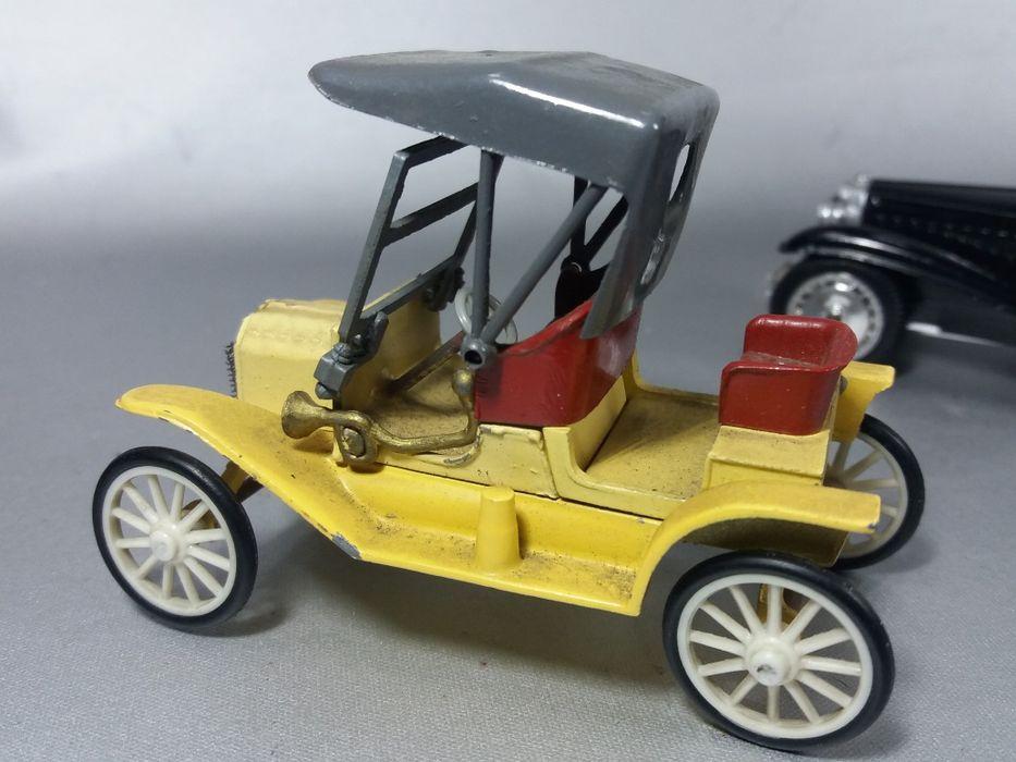 Rami Ford T &Bugatti Royale coupe de ville machete de colecție