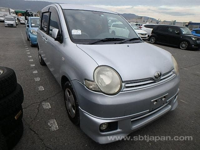2005 Toyota Sienta 1.5cc - BF Supporters Nampula