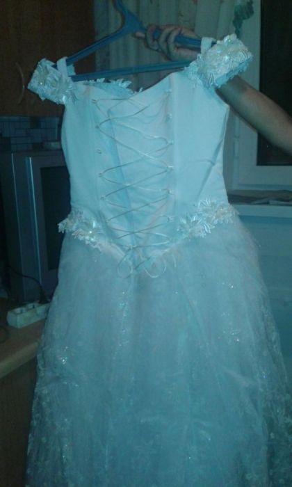 Продам свадебное платье 3000 тн