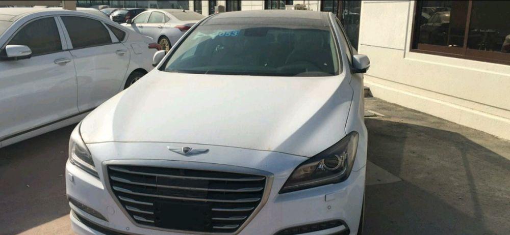 Hyundai Genesis 0klm está a venda