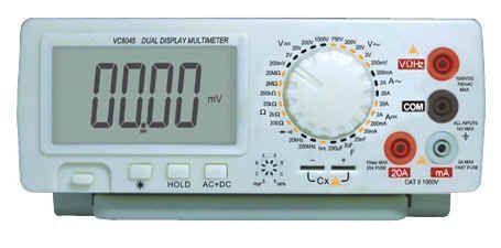ЧИСТО НОВ! Мултиметър професионален МТ8045, 0.05% ТОЧНОСТ,НОВ