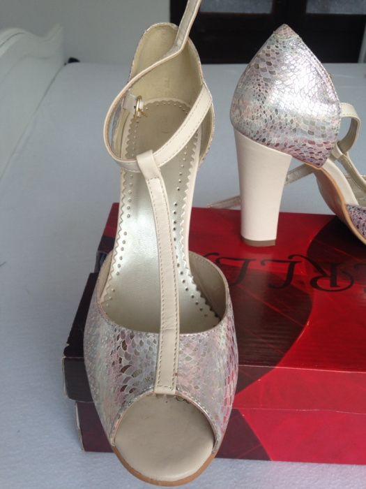 Dezactivate Pantofi Mireasa Mărimea 37 Timisoara Olxro