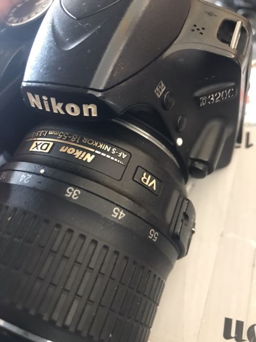 Vendo urgente câmera Nikon D3200 usada