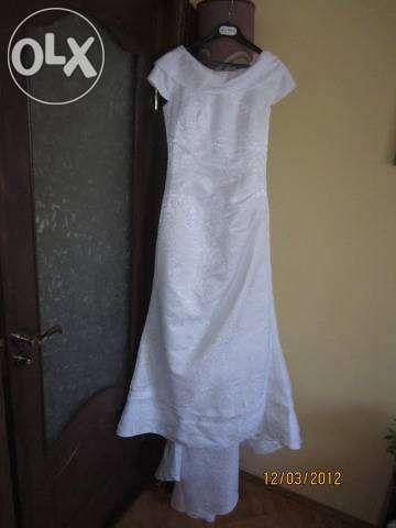 Rochie de mireasa agnes toma culoarea alb