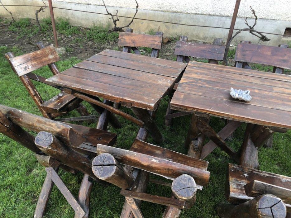 Masa + 4 scaune lemn masiv inclus și transport in zona Careiului